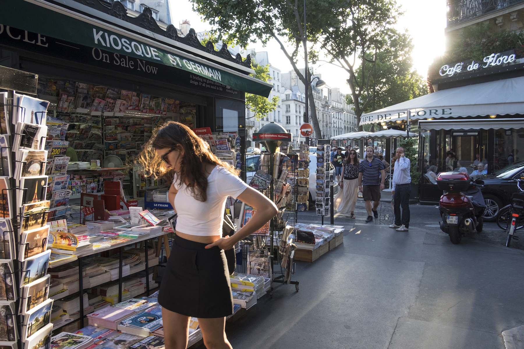 HiP Paris blog. Discovering Saint Sulpice. Browsing on Boulevard Saint Germain.