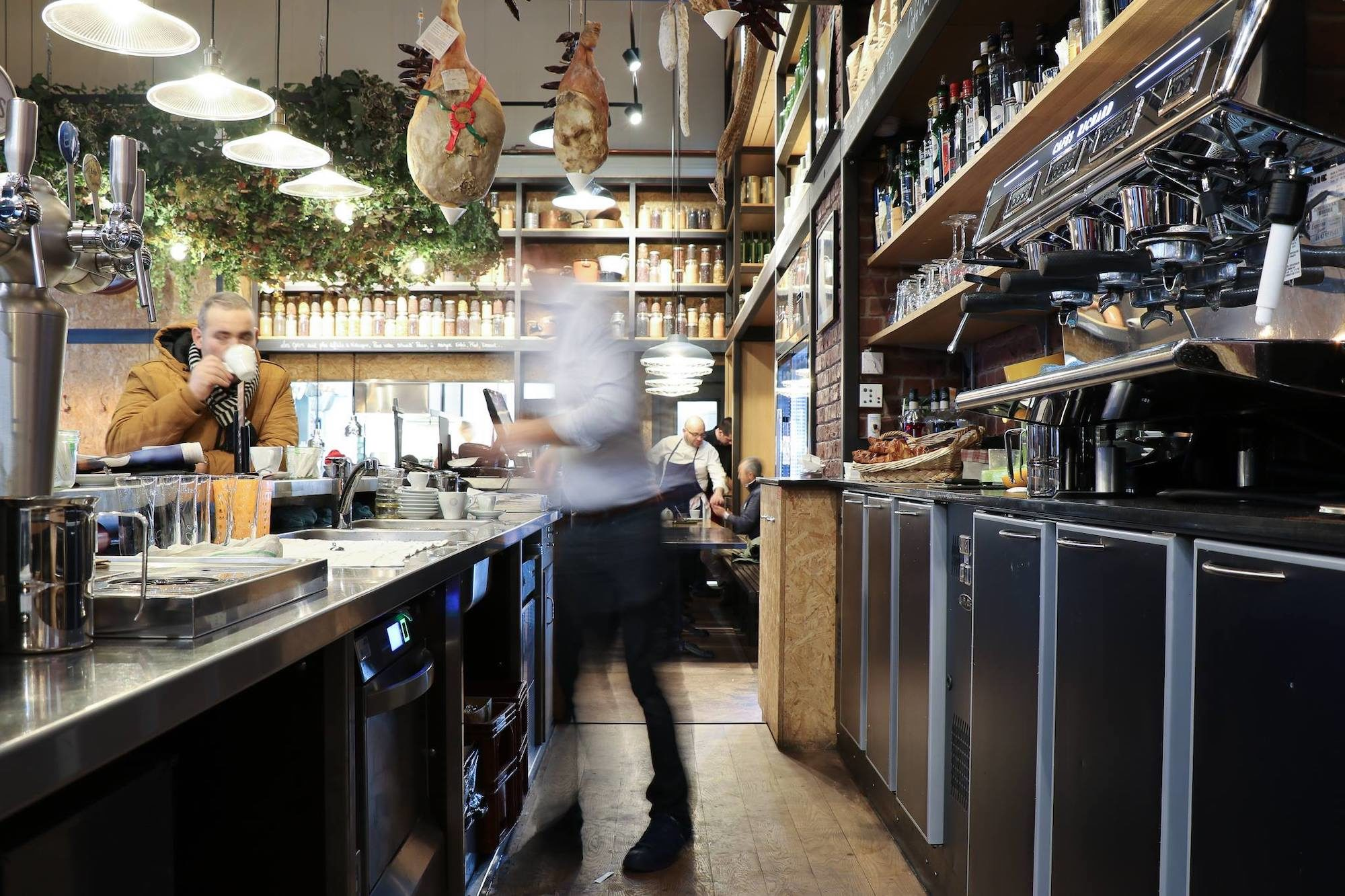 La Cantine du Troquet is a HiP Paris go-to restaurant on rue du Cherche-Midi in Paris.