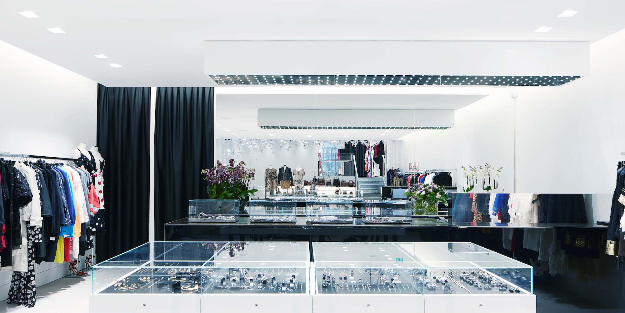 Montainge Market took over the space of popular Paris concept store Colette, and has a pointed jewelry selection, including pieces from Lynn Ban and former French ELLE editor Marie Lichtenberg.